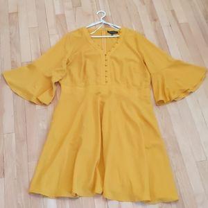 Mustard yellow Eloquii dress💛